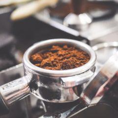 Rodzaje ekspresów do kawy, ich zalety i wady