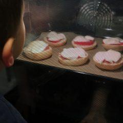 Dziecko bezpieczne w kuchni – zabezpieczenia w sprzętach AGD